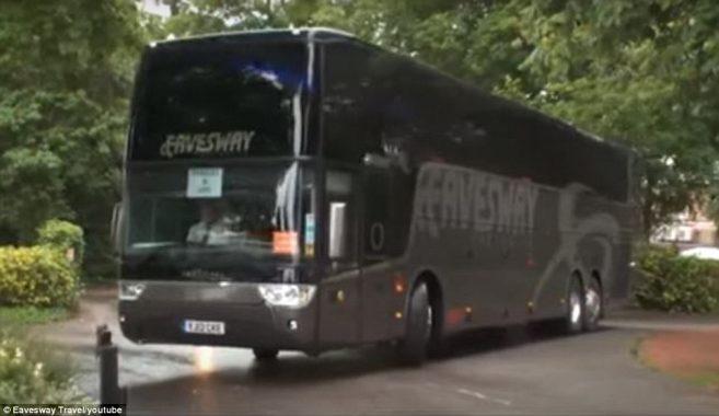 Bus Eksterior