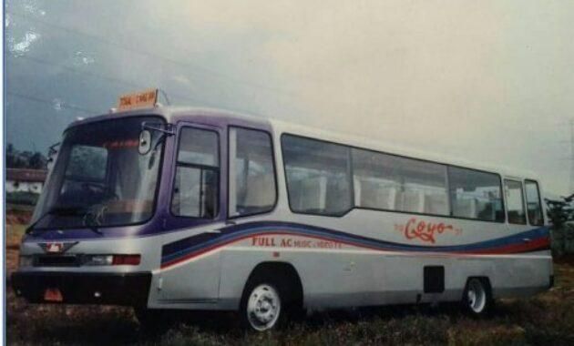 Bus klasik Coyo