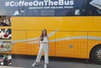 Ngopi didalam Bus